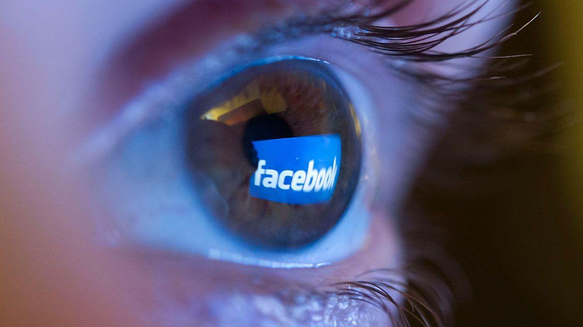 Facebook utiliza información personal de sus usuarios para venderles publicidades personalizadas